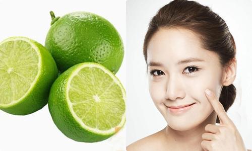 Axit citric của chanh giúp trị mụn và chống lão hóa da